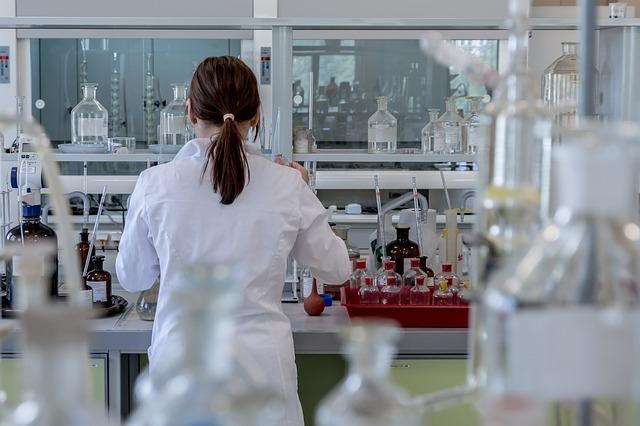 Equipo Dual: Medical Affairs + Investigación Clínica